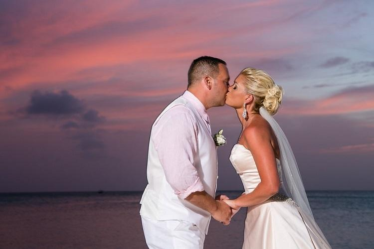 Aruba Destination Wedding | Aruba Beach Brides