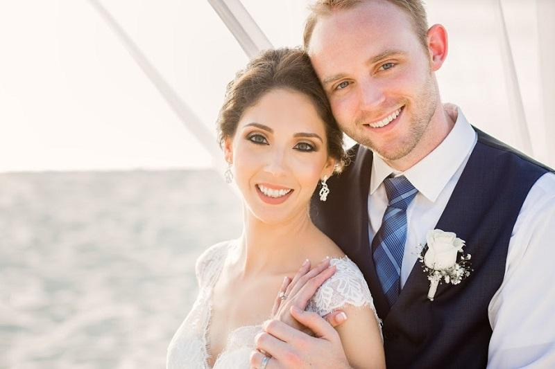 Aruba Destination Wedding | Beach Brides | Aruba sets the scene for Romantic Nuptials