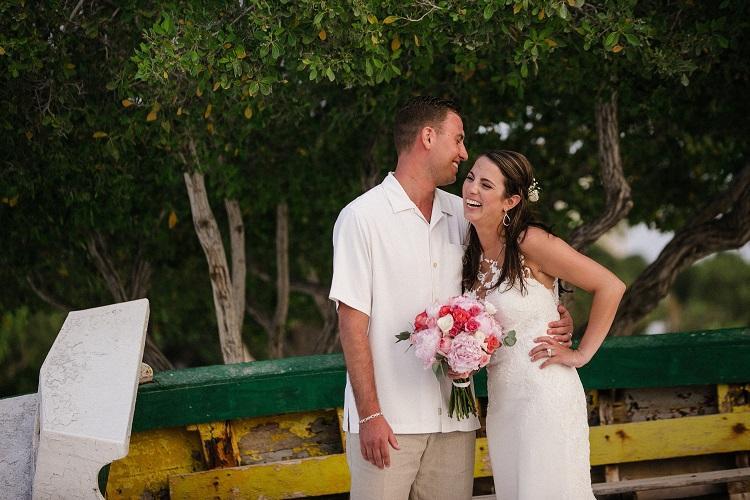 Aruba Weddings   Beach Bride Aruba   Marisa and Chris Real Weddings