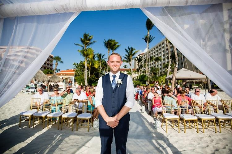 TOP 10 Reasons to have an Aruba Destination Wedding
