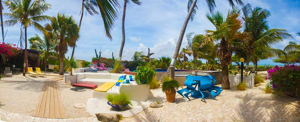 Aruba Romantic Getaway | Aruba Accommodations Beach House Apartments | Aruba Beach Brides