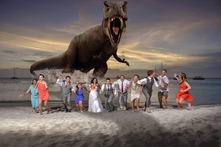 Aruba Wedding Photographer Colosal Visual Studio | Trash the Dress Photoshoot | Aruba Beach Brides