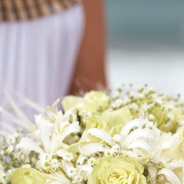 Aruba Wedding Bouquet | Caribbean Snow Queen | Aruba Destination Wedding | Beach Brides