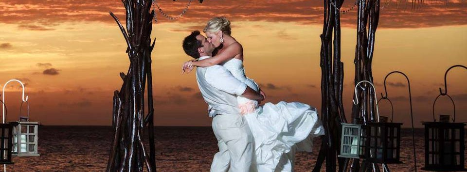 Aruba Wedding Planner | Letz Aruba | Aruba Beach Wedding | Beach Brides